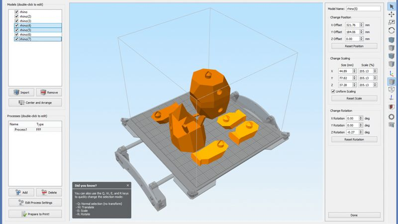 The printer software works with 3D models in .OBJ and .STL formats, and is available for Mac OS X and Windows. Linux users will have to use a virtual machine or other software.