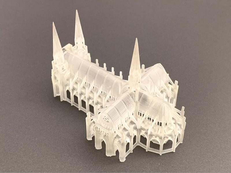 tiny cathedral. Fine bridging, accurate details and clear surfaces make it really cute.
