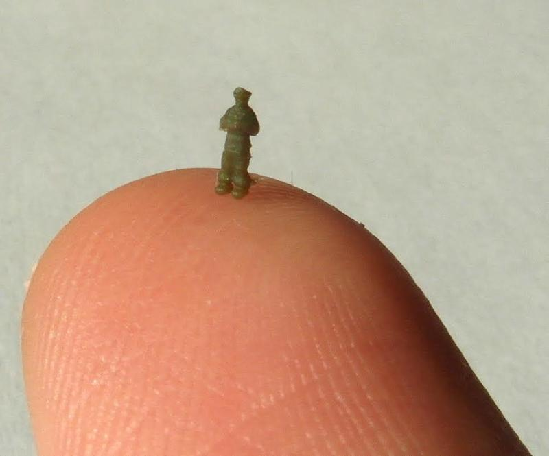 Just look at this tiny Navy crew member. It is only 3mm tall and shows optimal print results.