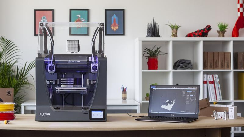 BCN3D Sigma R19 with notebook