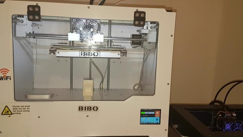 The build area of 8.4 x 7.3 x 6.3 inches (214 x 186 x 160 mm) lets you print just about anything.