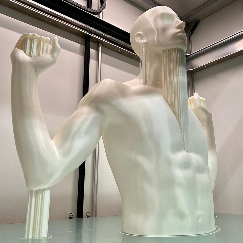 a model of man body printed on the Builder Extreme 1500 PRO 3D printer