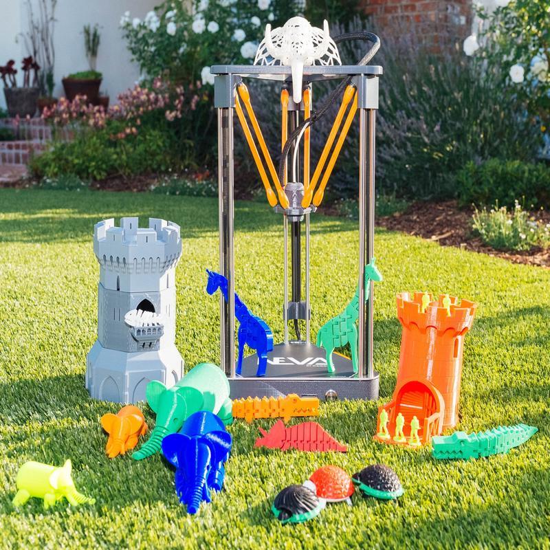 Dagoma Neva 3D Printer with printed models