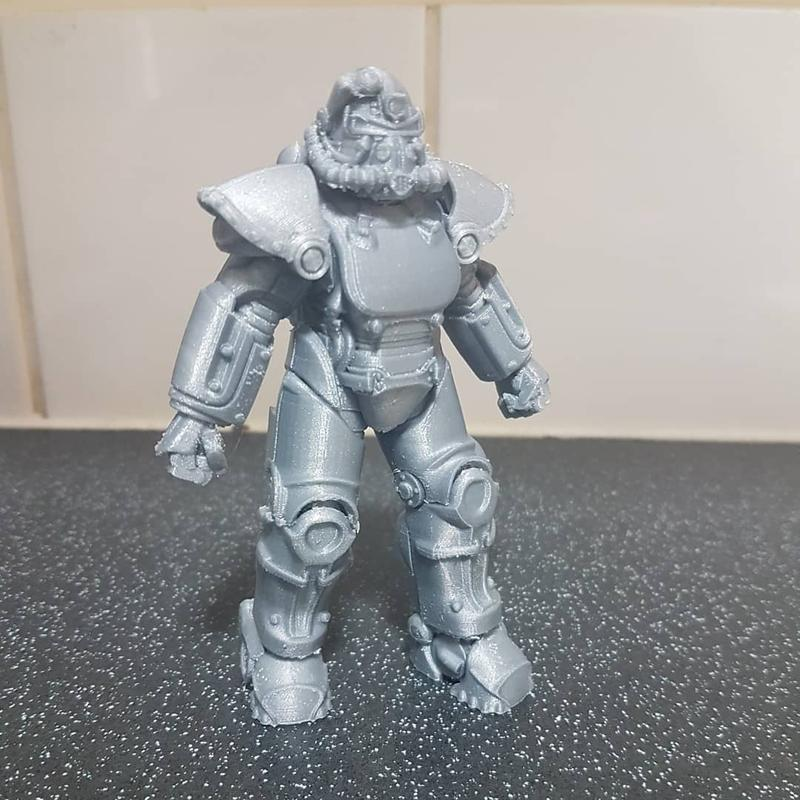 Flashforge Finder prints with PLA and other materials