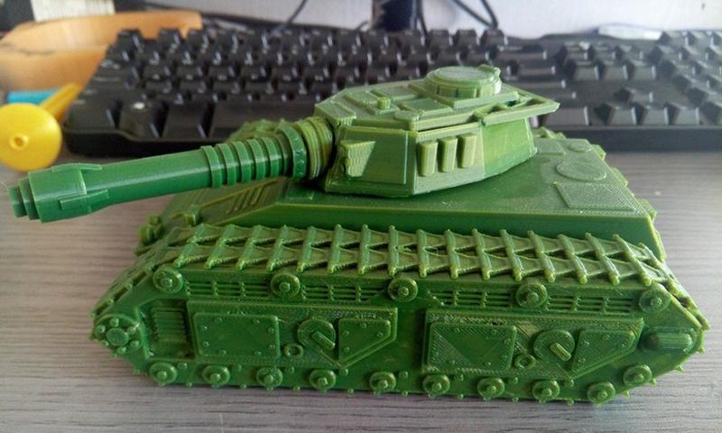 Now, look at this accurate Tank. Each part is highly detailed and well-defined. Some surfaces show a slight layering, which adds a realistic effect to the whole model.