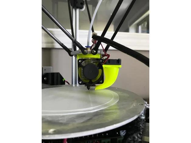 This is a delta-type 3D printer with high print speed. Since there is minimal vibration of the print bed, the print quality is high.
