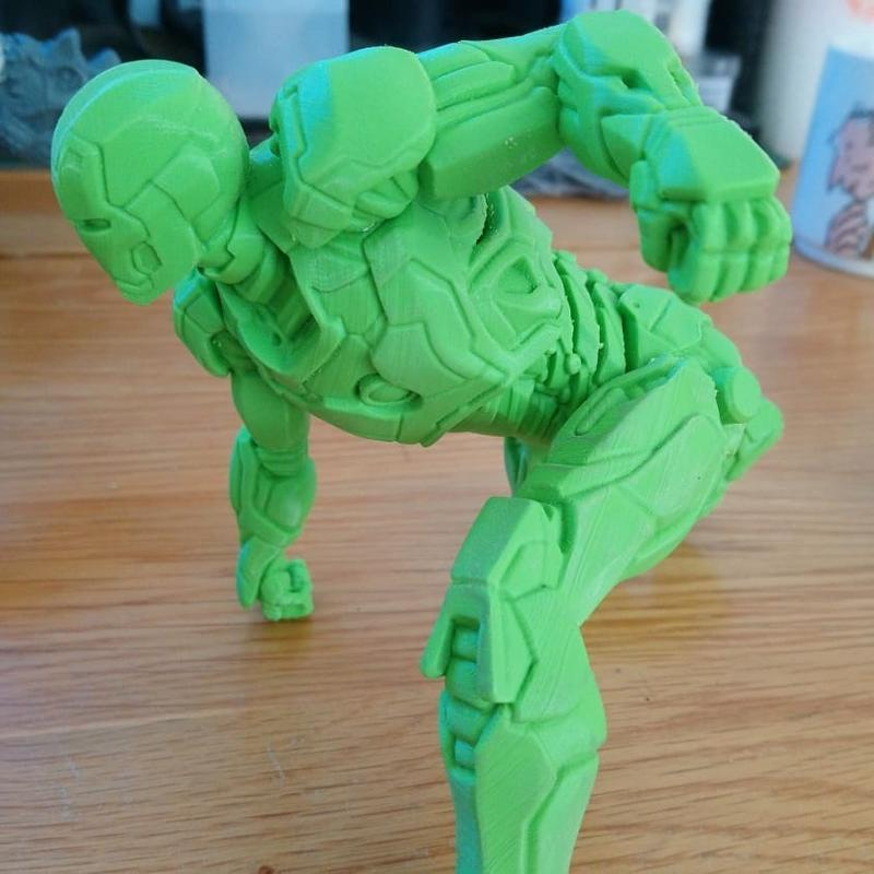 This smooth Iron man has been printed into three major parts. The body and the arms have been printed at 0.08mm and required no cleanup.