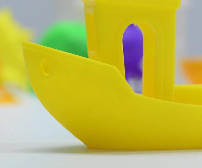 The Geeetech E180 Mini 3D printer is an FDM 3D printer that can print layers at 50 microns