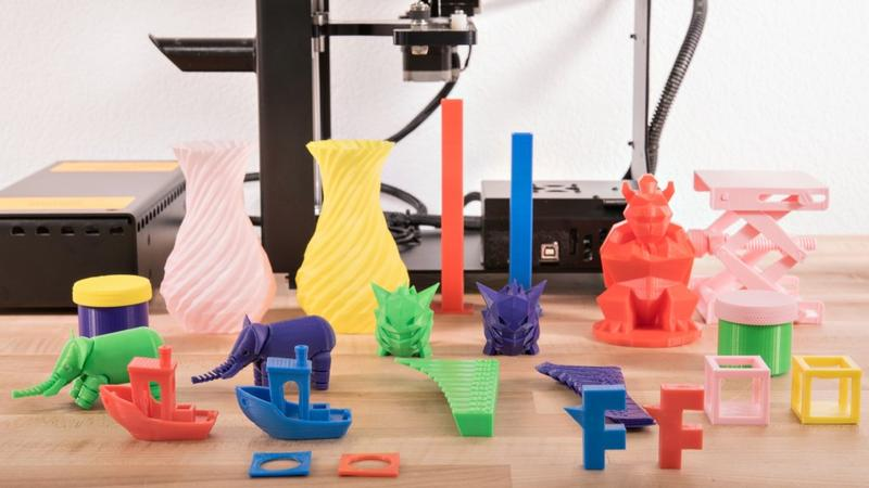 The MakerGear M2 3D Printer prints with 1.75 mm filament. The company suggests printing with the in-house material for certified quality, but you are free to use the consumable of your choice.