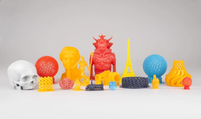 printed models on the Makex M One Pro  3d printer