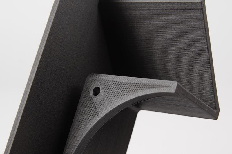 The Markforged Onyx One is an FDM 3D printer that can print layers at 100 microns.