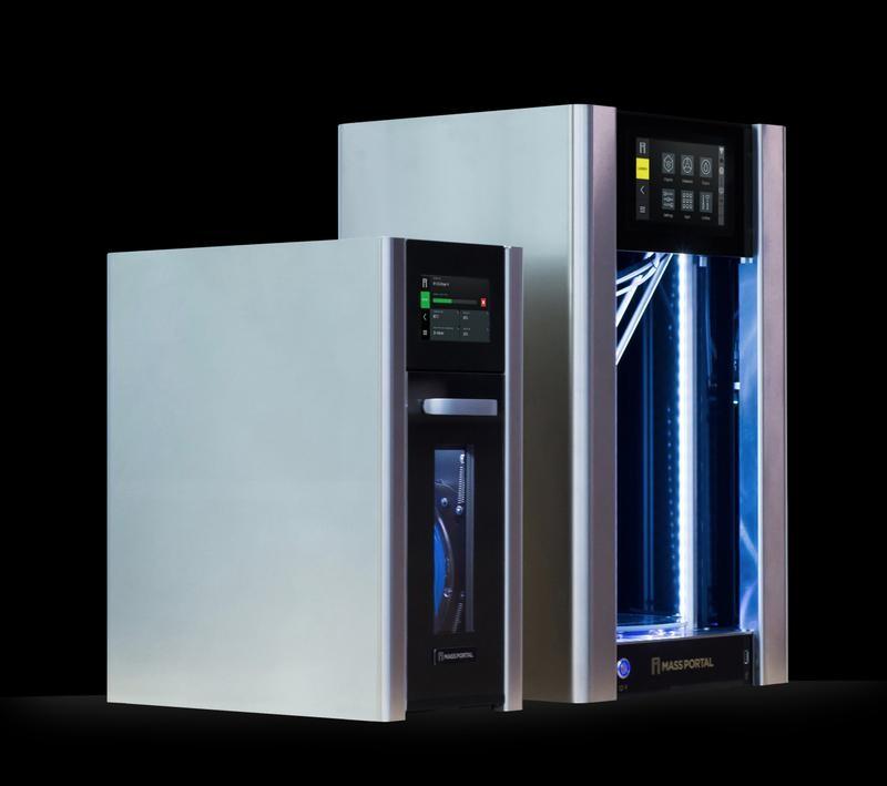 Mass Portal D1200 3D printer and the litlle model of 3d printer