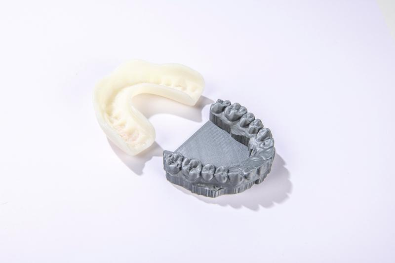 the Dutch start-up 3Dmouthguard has been using the Mass Portal XD20 to produce custom sports guards to protect your teeth from injuries. Look how at this dental impression