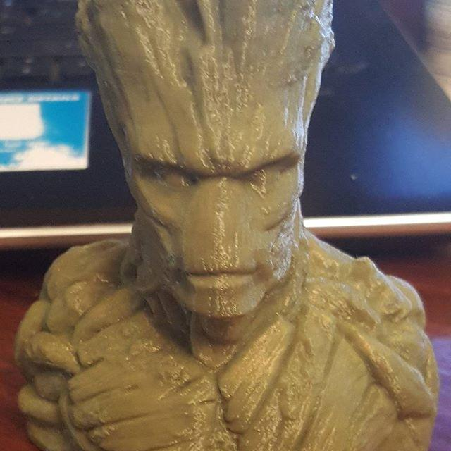 The PowerSpec Ultra 3D is an FDM 3D printer that can print layers at 100 microns. Chek this Groot built by the device! The model looks smooth and even reflects light.