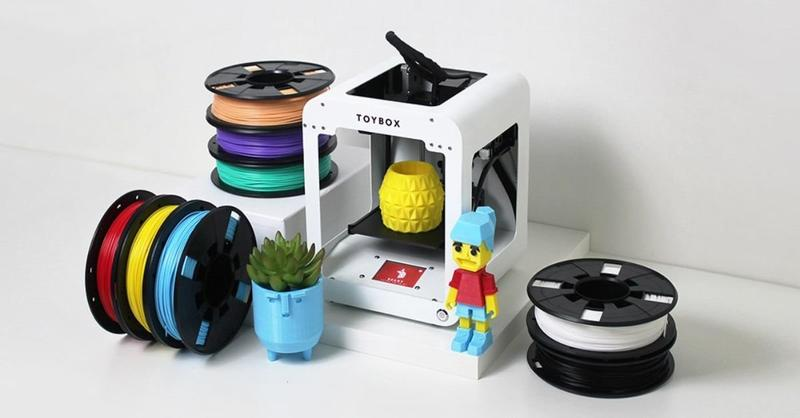 The Toybox 3D printer prints with generic 1.75 mm filament, providing you with a wide choice of materials.