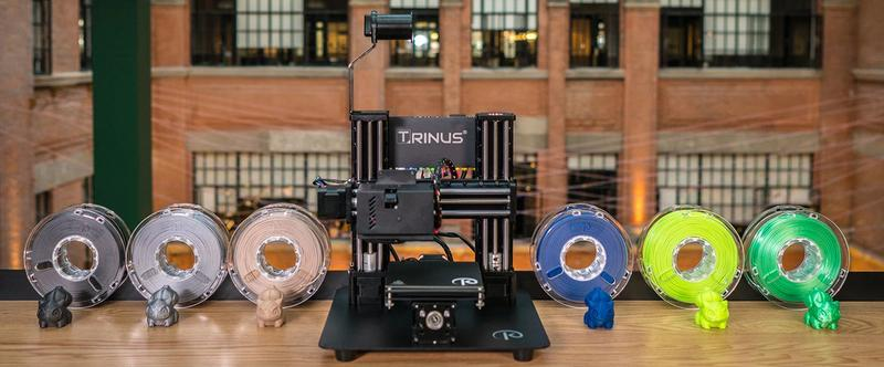 The Trinus 3D Printer prints with 1.75 mm filament, providing you with a wide choice of materials.