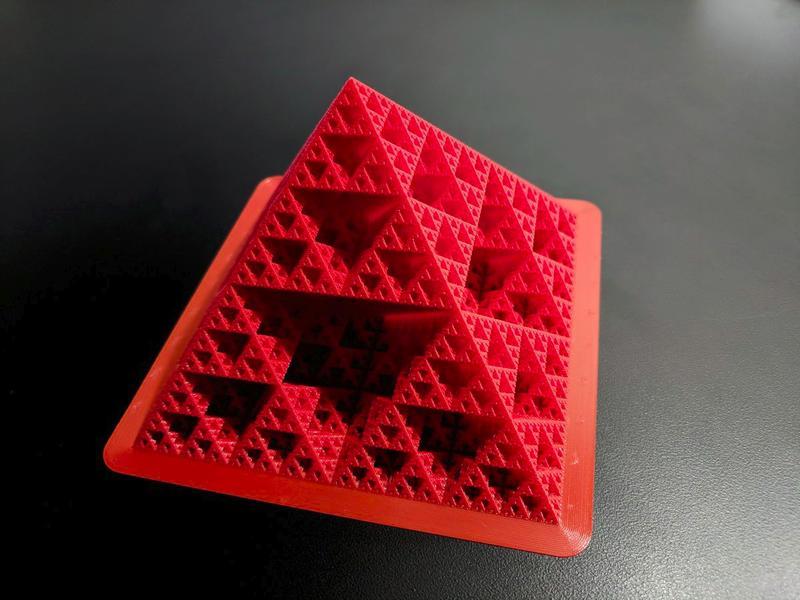 3d printed pyramide