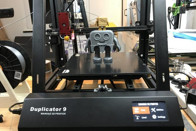 Wanhao Duplicator 9 prints with HIPS, PLA, PVA and other materials.