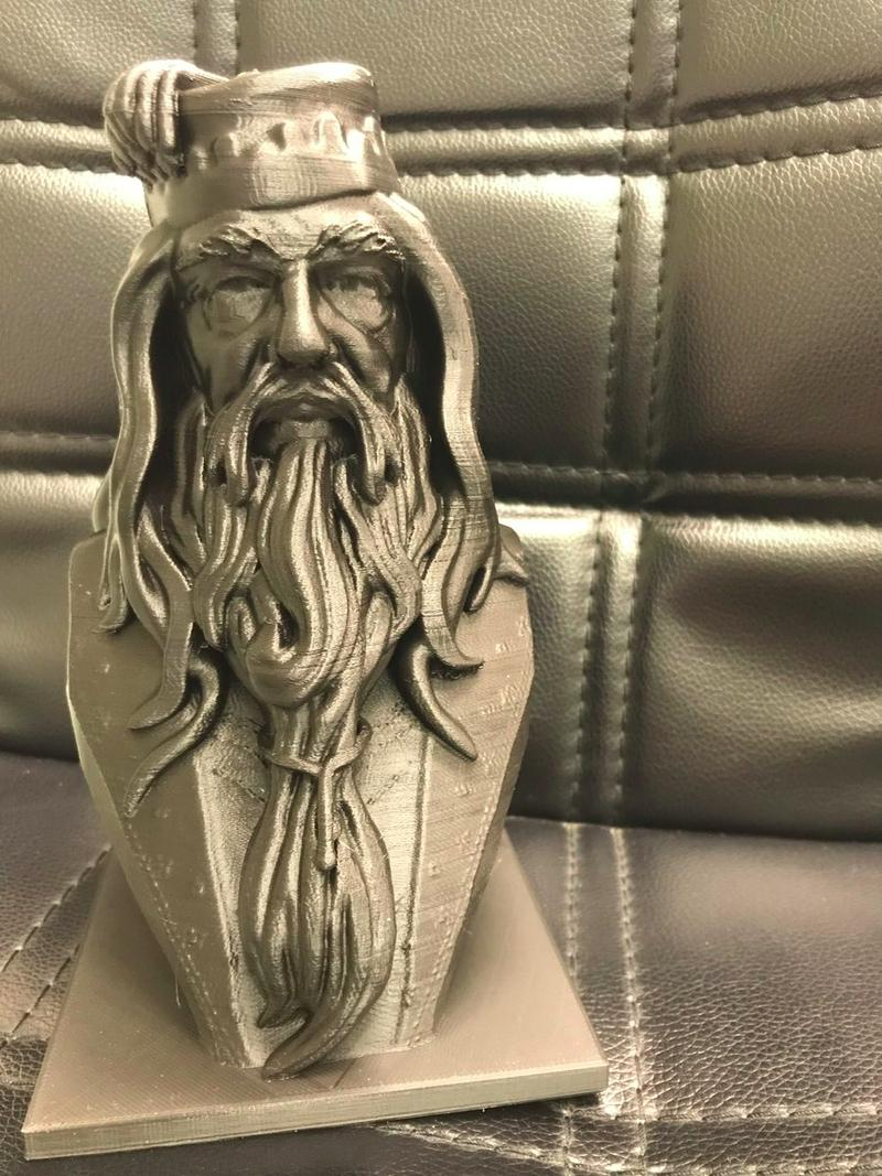This Albus Dumbledore Bust is amazing. Rich in detail, it perfectly resembles the real character.