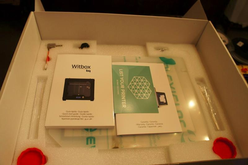 What's in the witbox 2 3d printer box