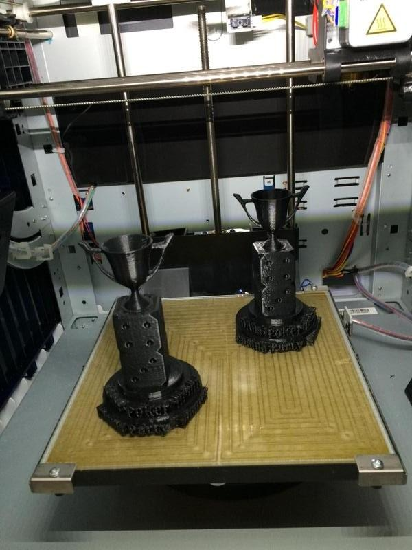 The extruder comes with a fan for printing with PLA-type materials. By cooling the model down, it reduces warping, stringing and, generally, makes for higher quality prints.