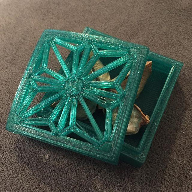As an example, look at the 3D printed Kumiko box below.