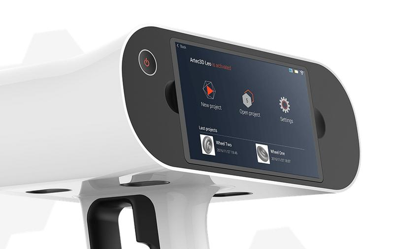 The scanner works as a standalone, wireless device. It can be comfortably operated via the integrated touch screen