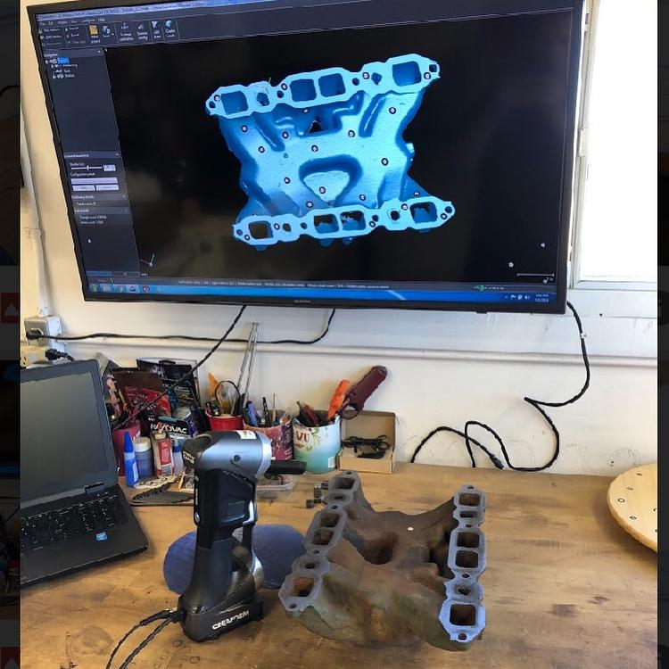 One user used its scanner to capture some nailhead stuff. Thanks to the HandySCAN high precision, he got accurate information and clean surface data ready to be exported as DXF format for CNC milling.
