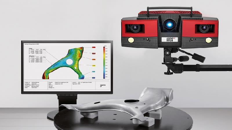 the GOM Triple Scan 3D scanner scanning process