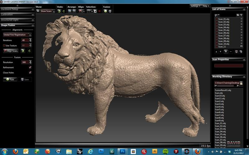 One user 3D scanned a little lion model. The final result is amazing. The scanner, along with the software, has been able to produce a watertight model with fine texture and capillary details.