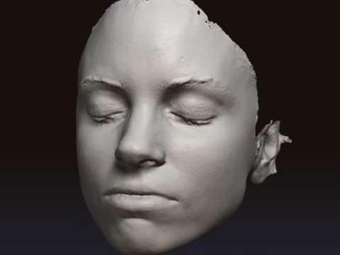 Another user scanned a human face. The surface looks clean and defined.