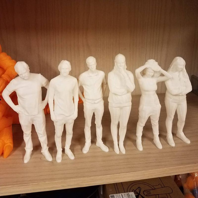 Here's a line of PLA printed models.