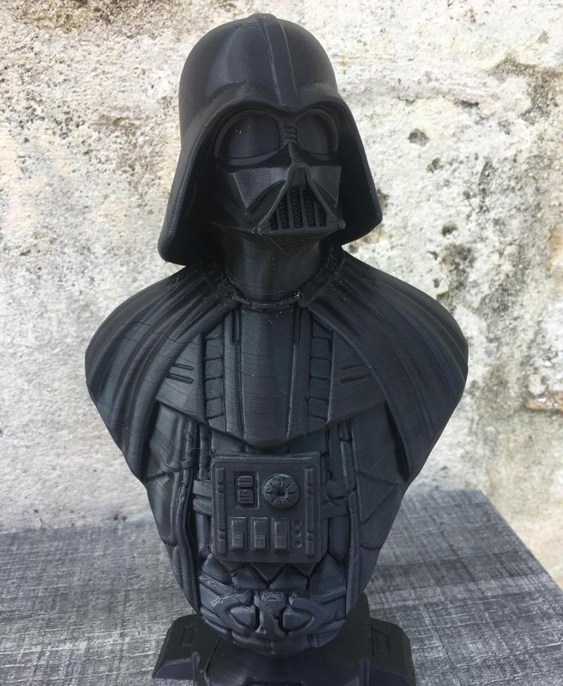24 cm height bust of Darth Vader