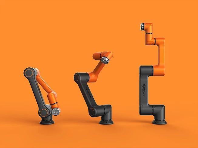 Hanwha HCR series shows a black and orange arm