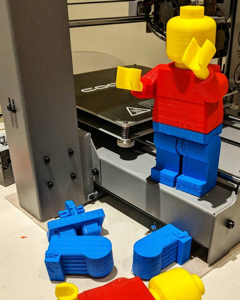 A huge Lego figure printed with the Wanhao Duplicator i3 Plus